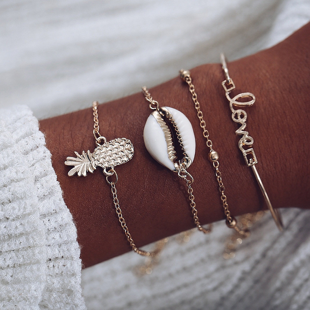 Casual Fashion Style Fruits Bracelet Shell Letter Pendant Bracelet 4 Piece Gold Women Bracelet