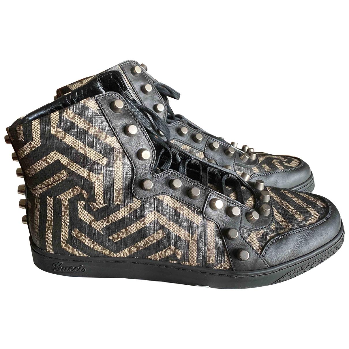 Gucci \N Sneakers in Leinen