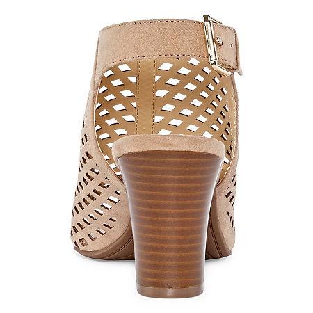 Liz Claiborne Womens Gemma Block Heel Buckle Bootie, 5 1/2 Medium, Beige