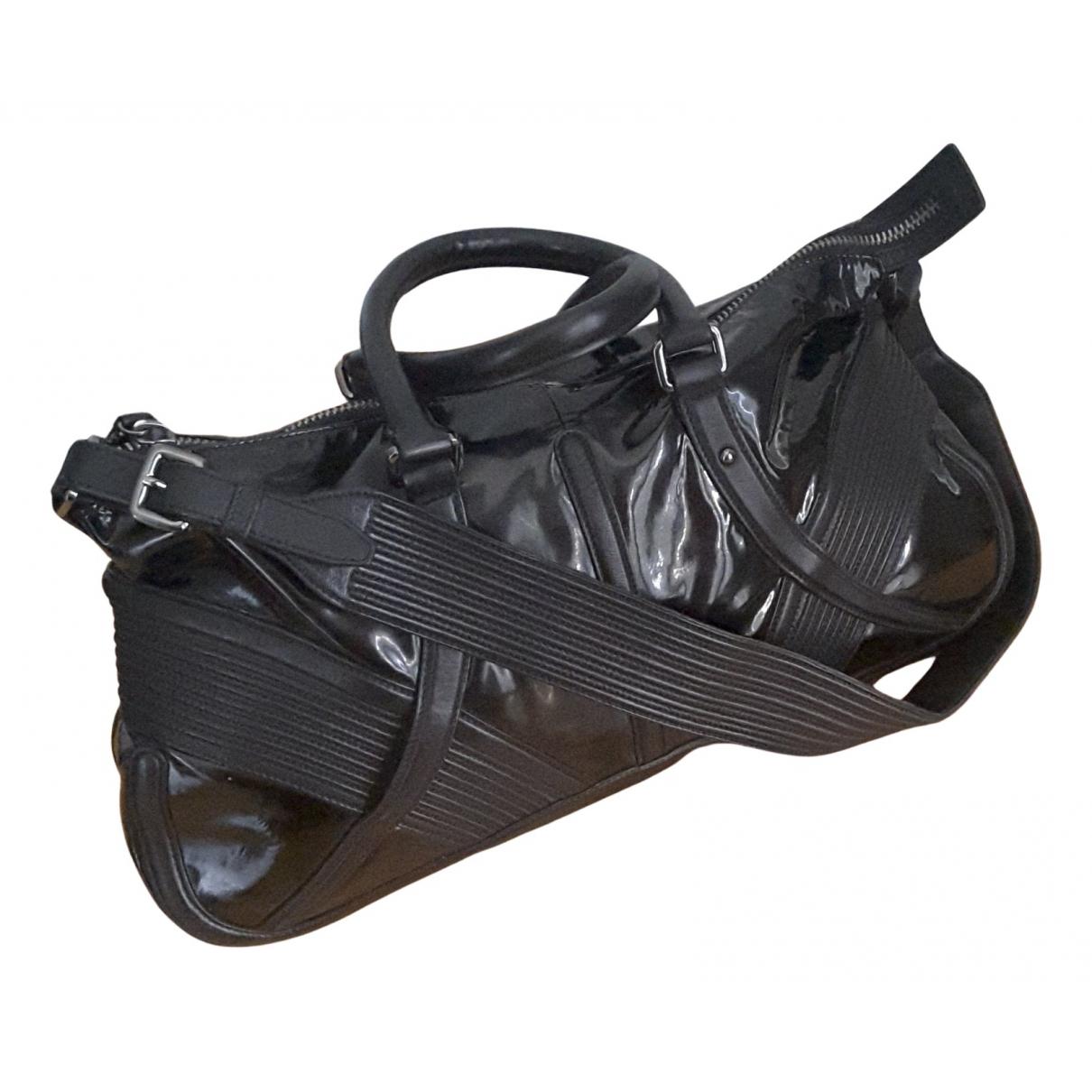Hugo Boss \N Handtasche in  Schwarz Leder