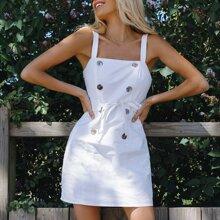 Zweireihiges Slip Kleid mit Selbstguertel