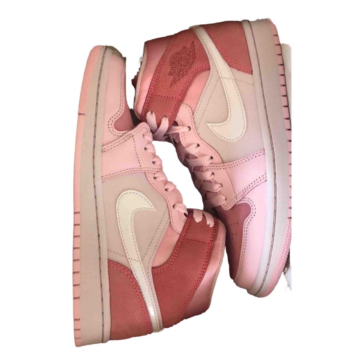 Jordan Air Jordan 1  Pink Suede Trainers for Women 38 EU