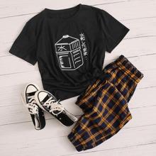 T-Shirt mit Buchstaben & Grafik und rundem Kragen