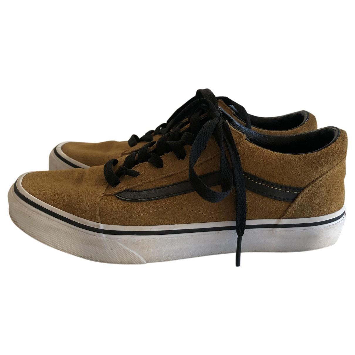 Vans \N Sneakers in  Gelb Veloursleder