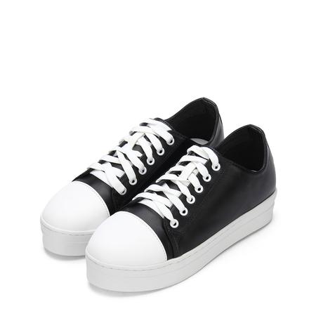 Yoins Black Round Toe Lace Up Platform Sneakers