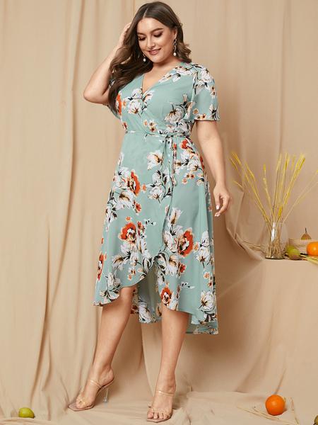 YOINS Plus Size Belt Design Floral Print V-neck Half Sleeves Dress