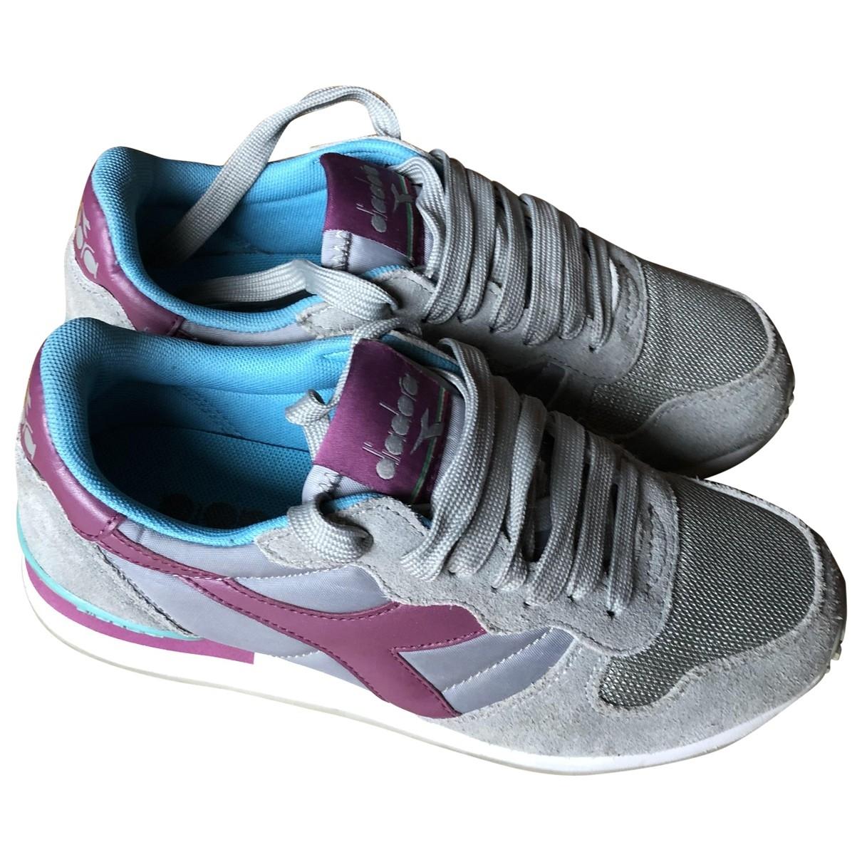 Diadora - Baskets   pour femme en toile - gris
