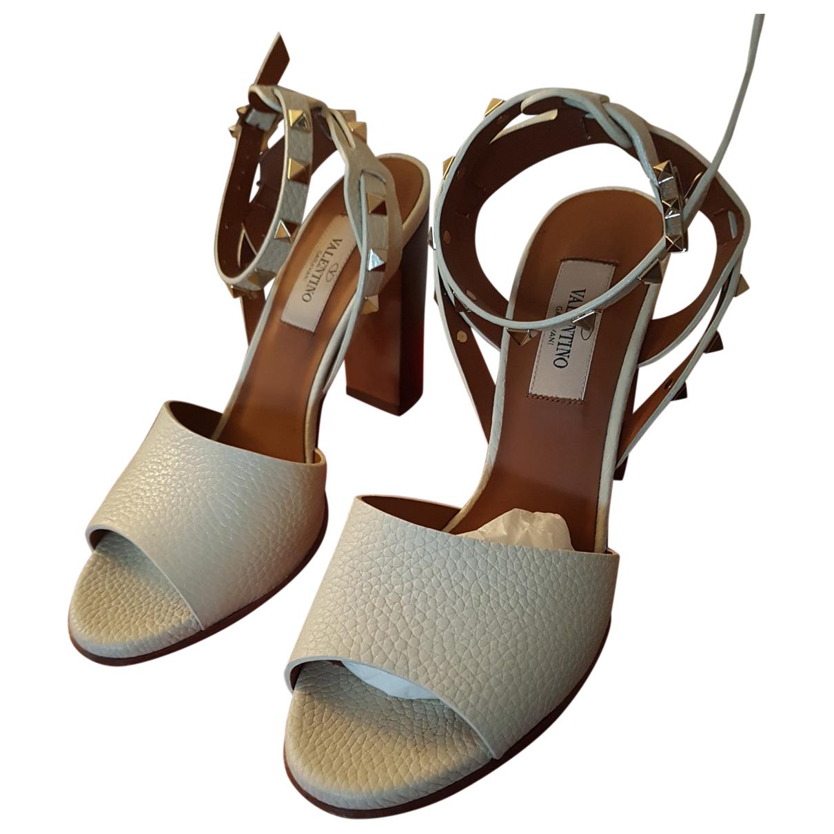 Valentino Garavani Rockstud White Leather Sandals for Women 37.5 EU