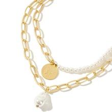 Collar de cadena a capas con diseño de perla artificial y moneda