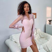Double Crazy Kleid mit Netzstoff und Schosschenaermeln