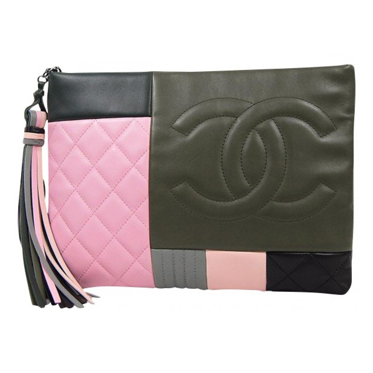 Chanel \N Clutch in  Bunt Leder