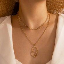 Mehrschichtige Halskette mit Figur Anhaenger