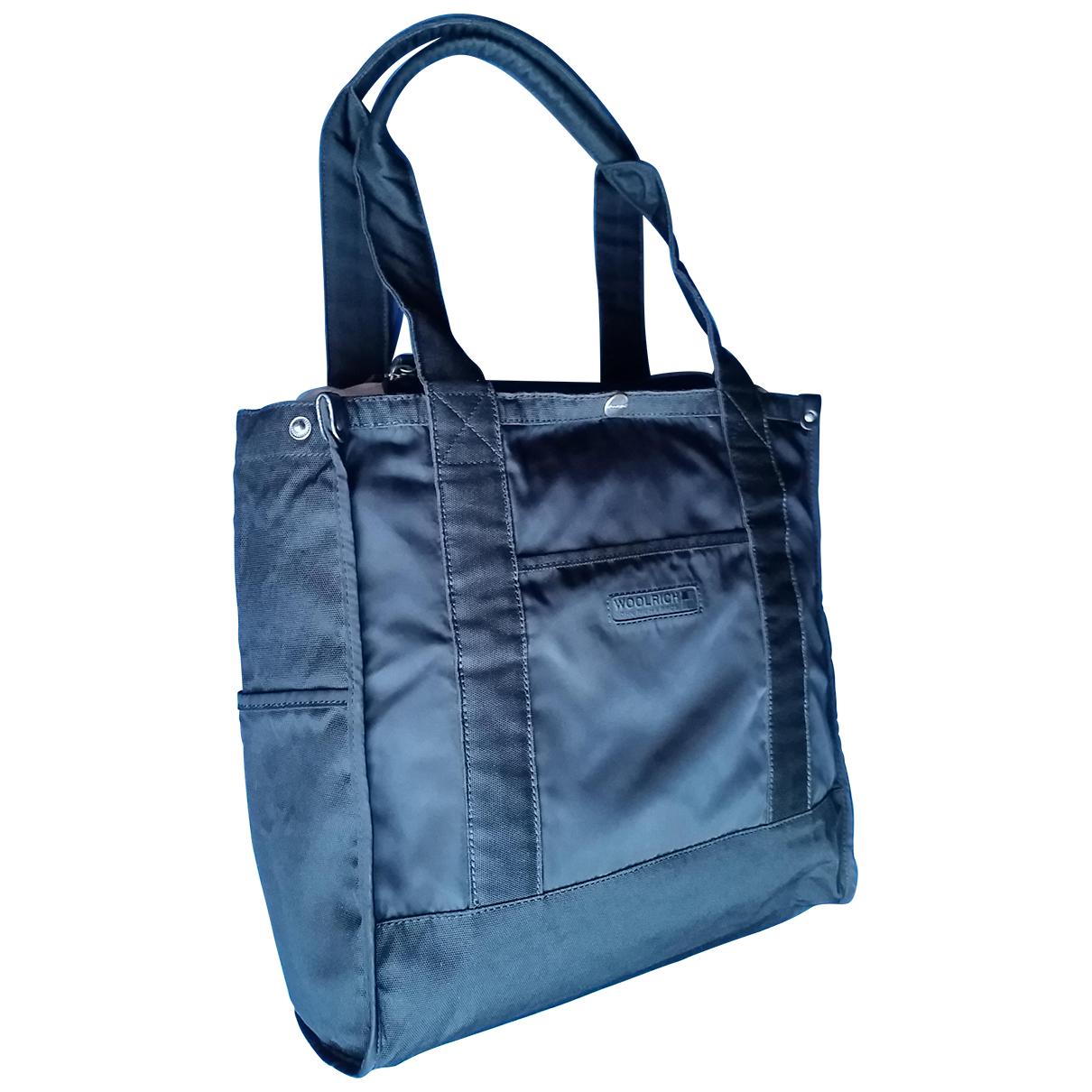 Woolrich \N Handtasche in  Schwarz Polyester