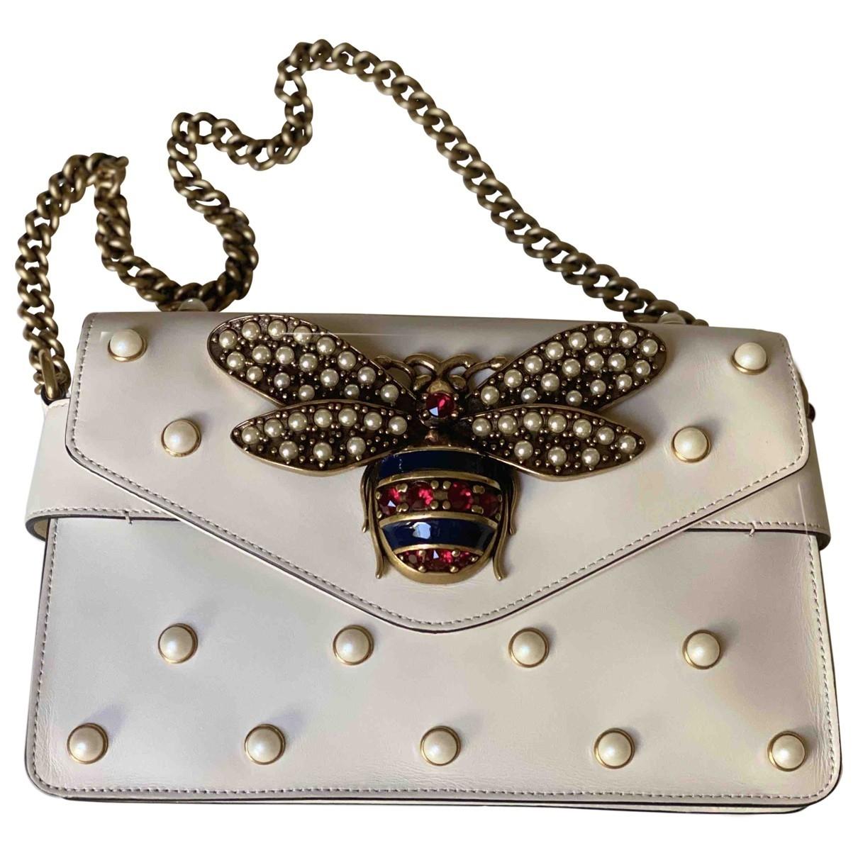Gucci Broadway Clutch in  Ecru Leder