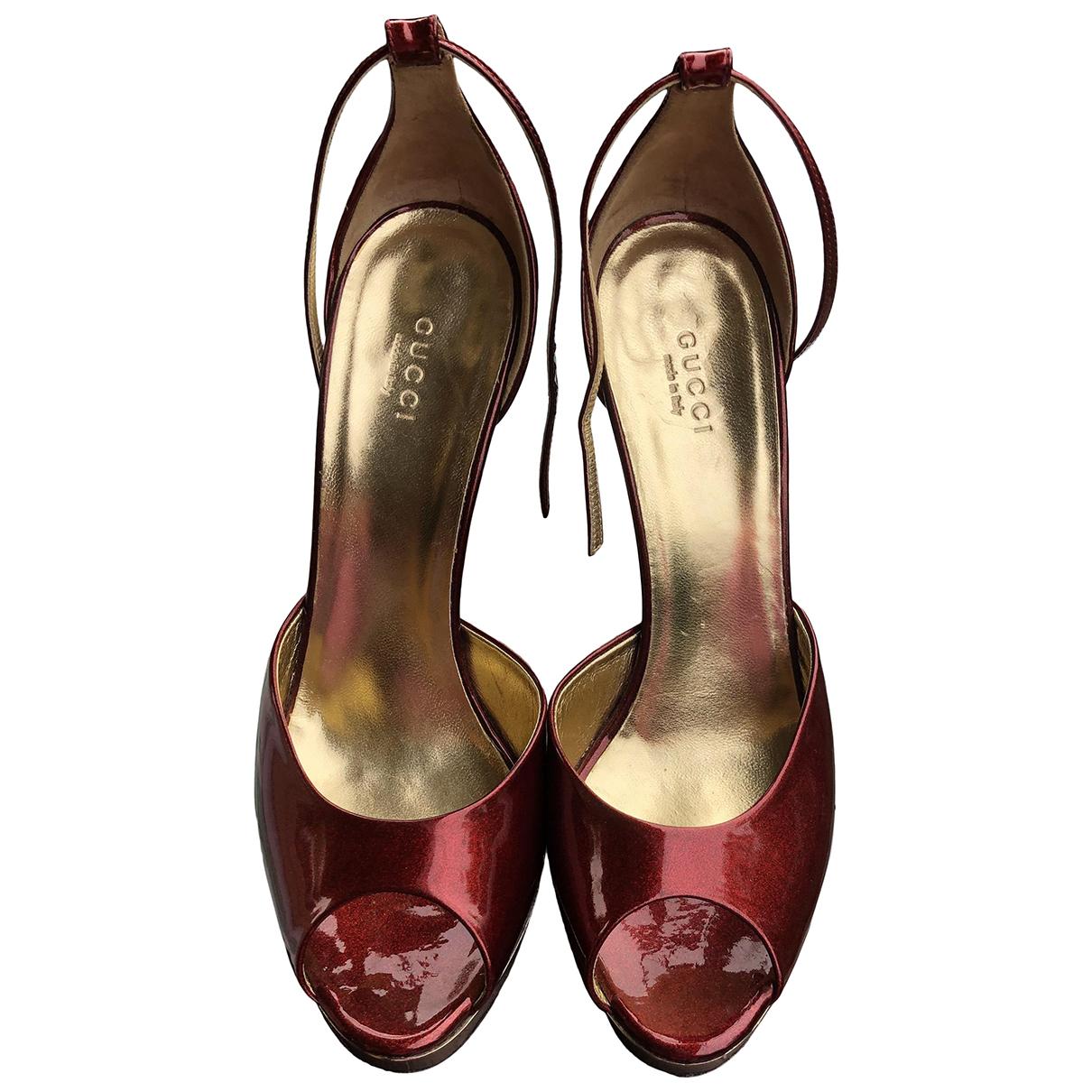 Gucci - Sandales   pour femme en cuir verni - bordeaux