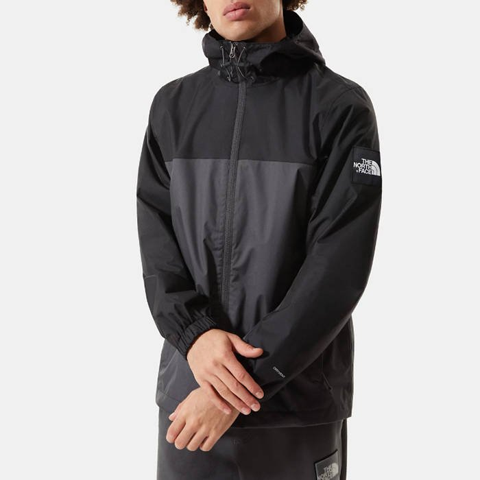 The North Face Mountain Q Jakcet NF00CR3QMN8