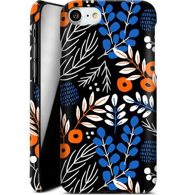 Apple iPhone 8 Smartphone Huelle - Forest Floor von Jenna Kunnas