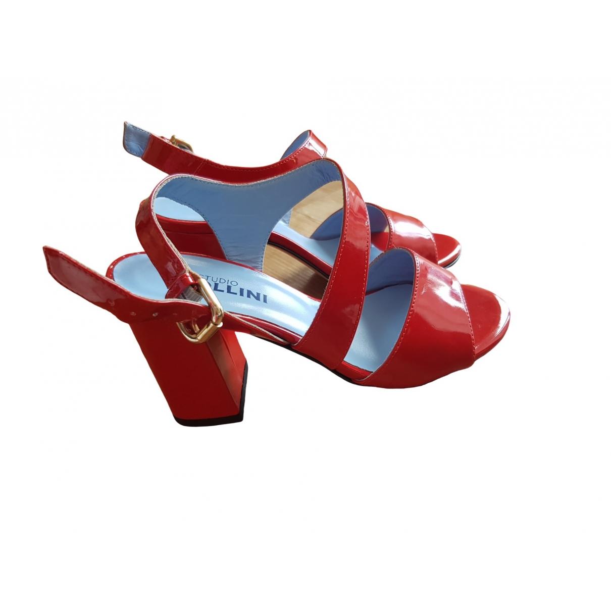 - Sandales   pour femme en cuir verni - rouge