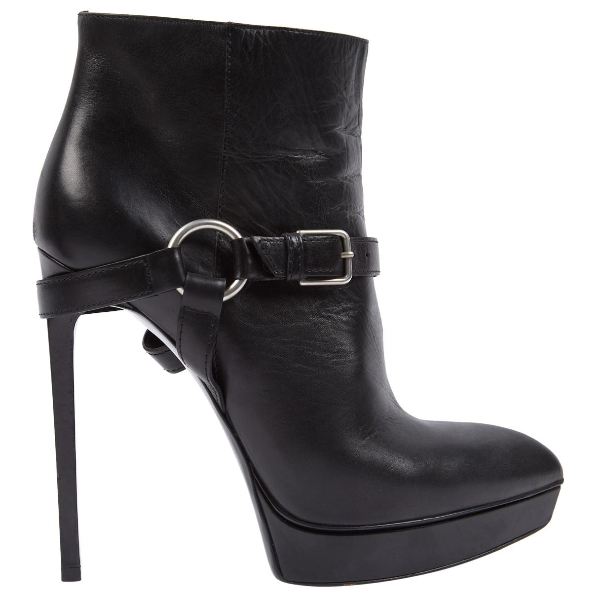 Saint Laurent \N Black Leather Ankle boots for Women 40 EU