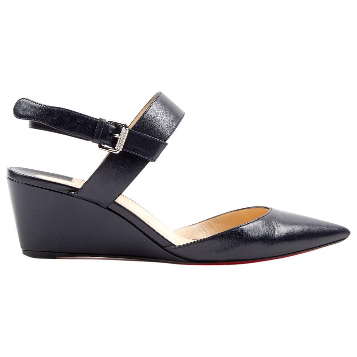 Christian Louboutin \N Navy Leather Heels for Women 38 EU