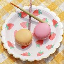 8 Stuecke Einwegteller mit Erdbeere Muster