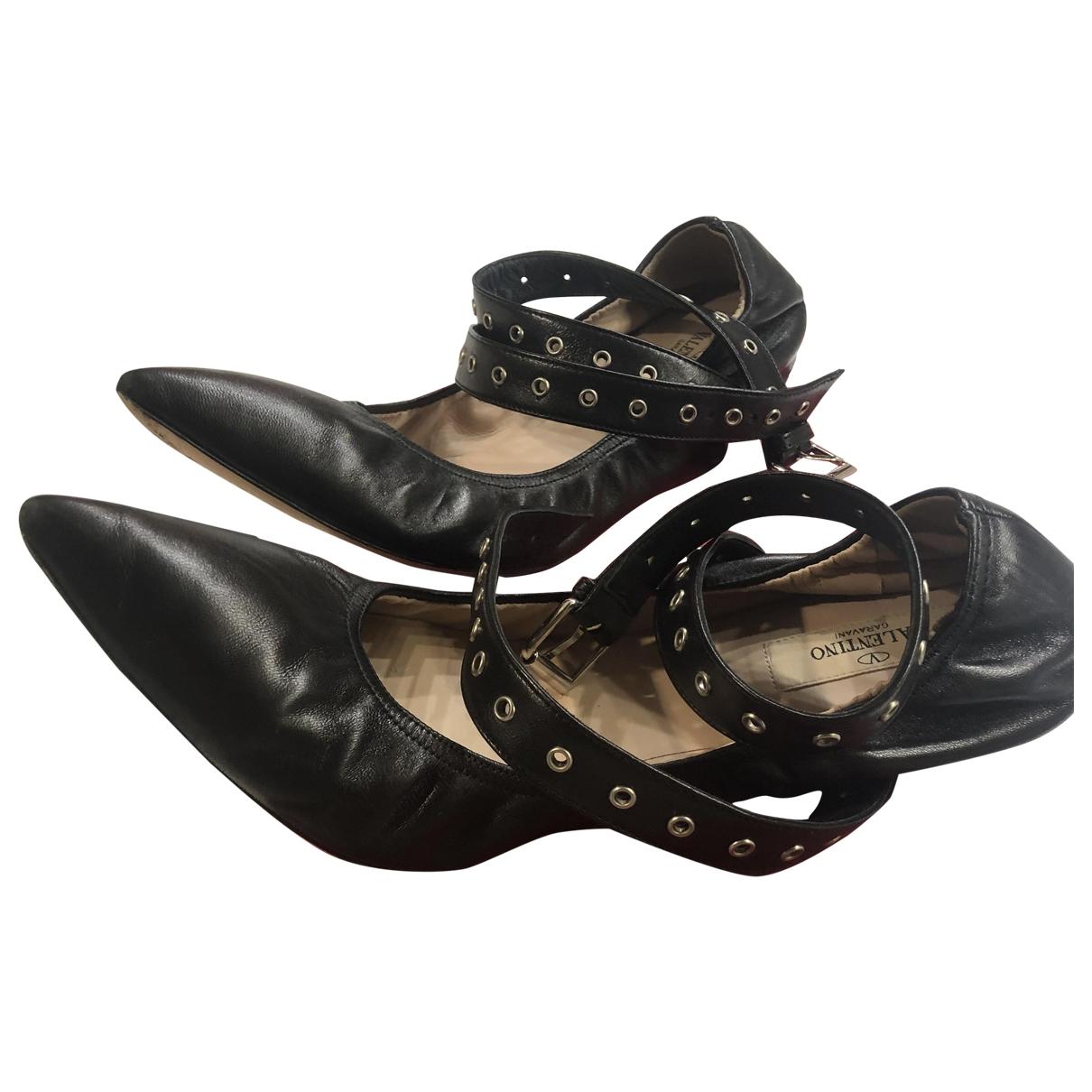 Valentino Garavani \N Black Leather Ballet flats for Women 41 IT