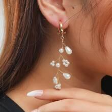 Ohrringe mit Kunstperlen und Blumen Dekor