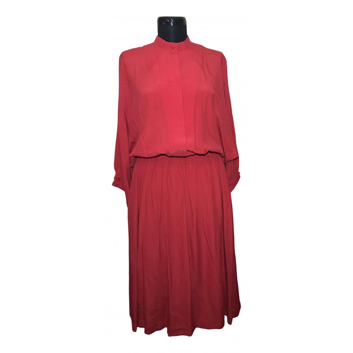 Pierre Cardin \N Kleid in  Rot Seide