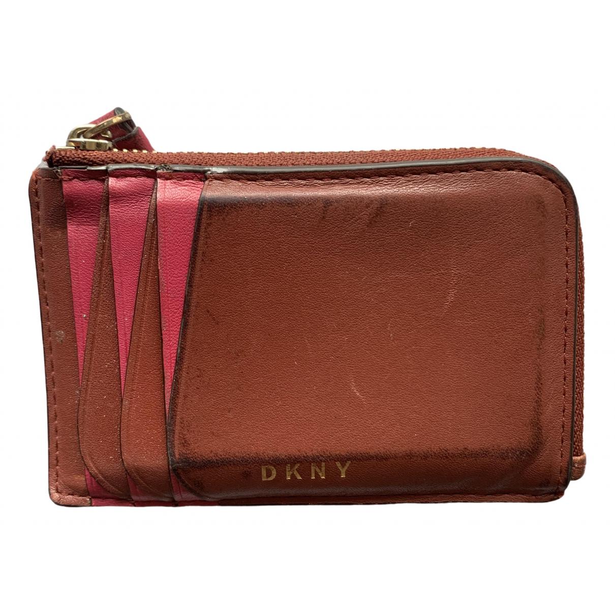 Dkny \N Portemonnaie in  Braun Leder