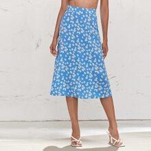 Zip Back Daisy Floral Print Skirt