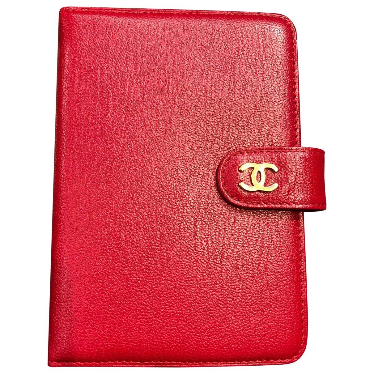 Chanel - Objets & Deco Timeless/Classique pour lifestyle en cuir - rouge
