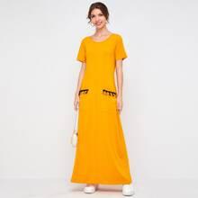 T-Shirt Kleid mit Fransen Detail