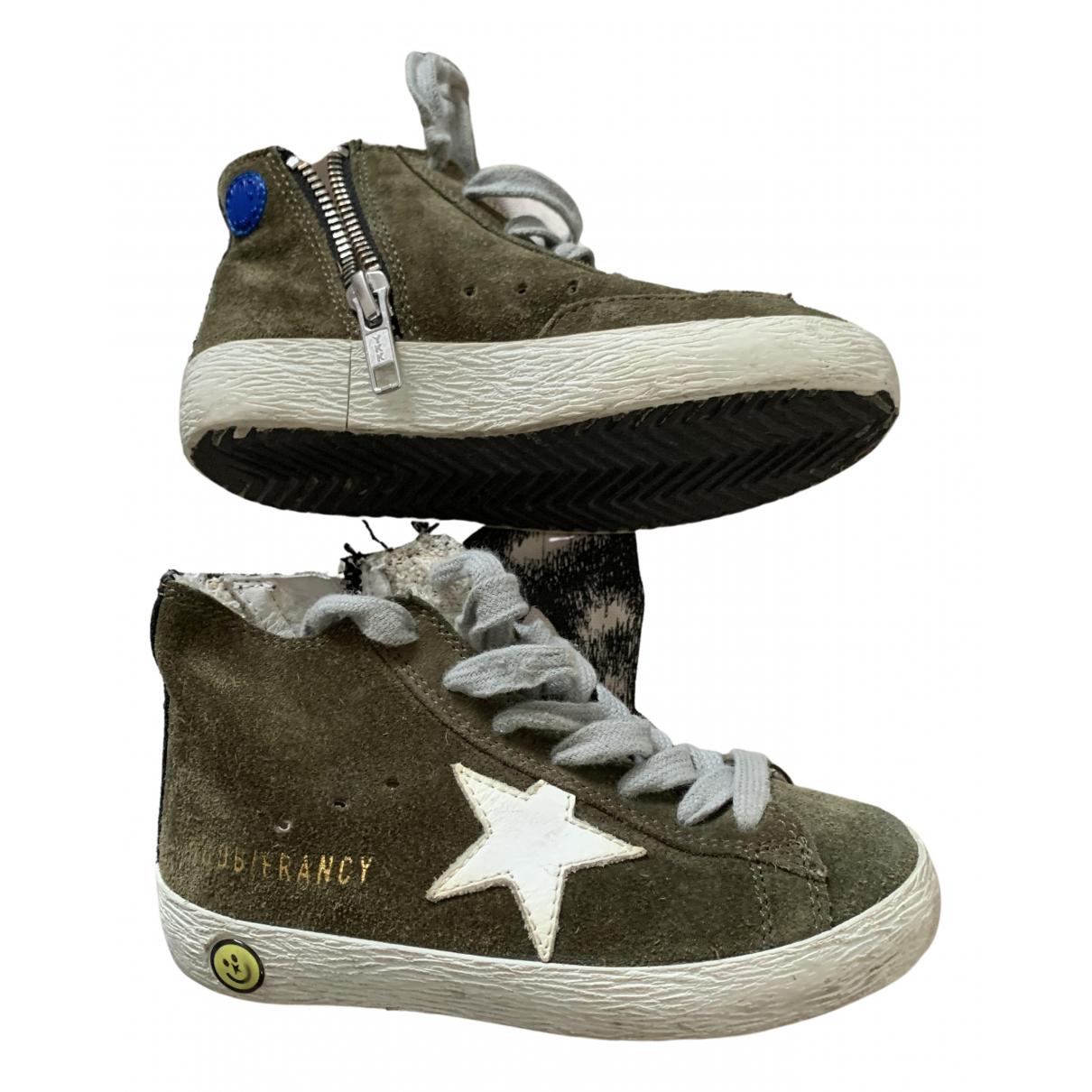 Golden Goose \N Sneakers in  Gruen Veloursleder