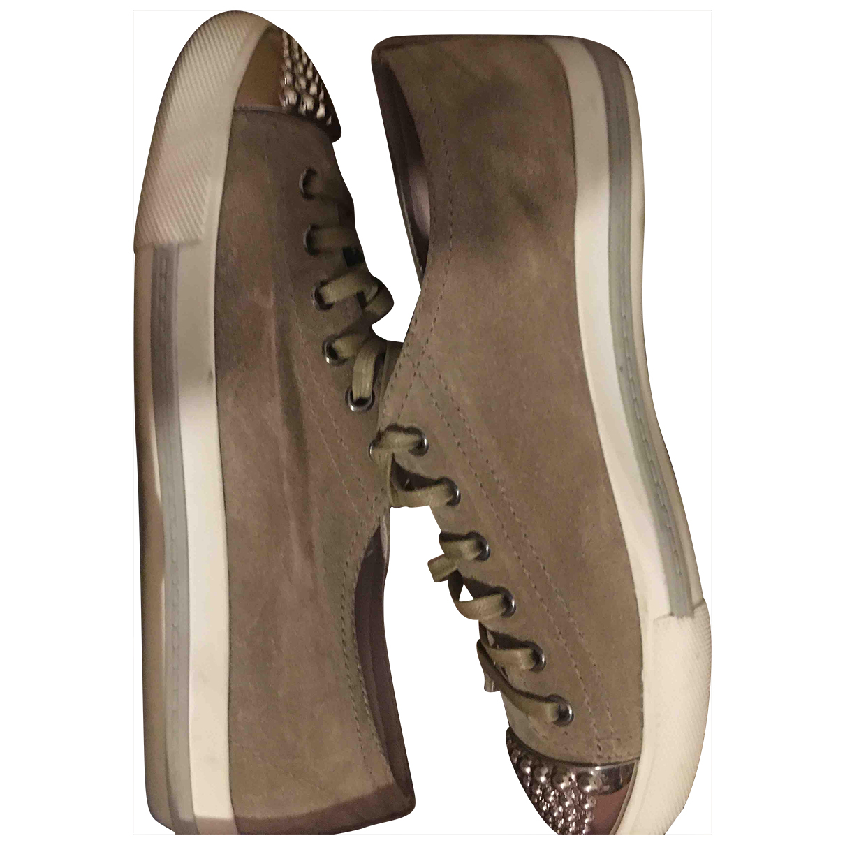 Miu Miu \N Sneakers in  Beige Veloursleder