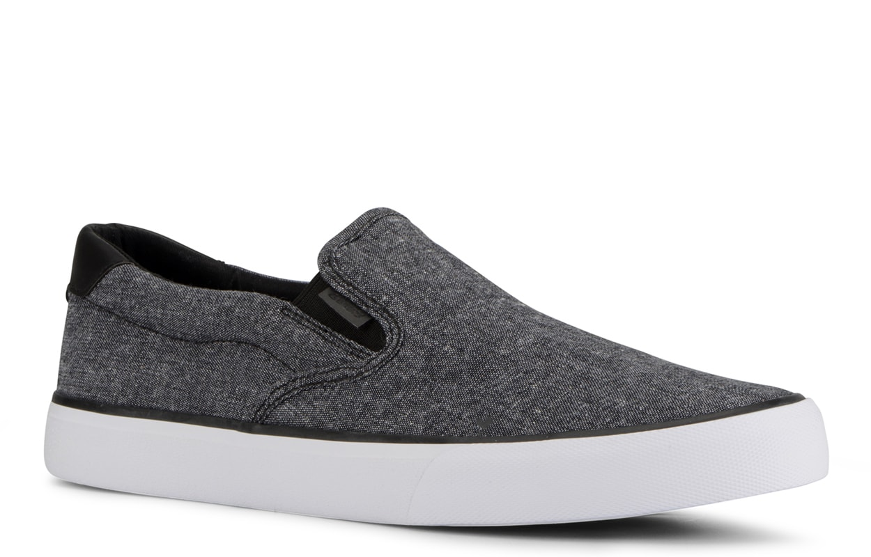 Men's Clipper Slip-On Sneaker (Choose Your Color: BLACK/WHITE CHAMBRAY, Choose Your Size: 6.5)