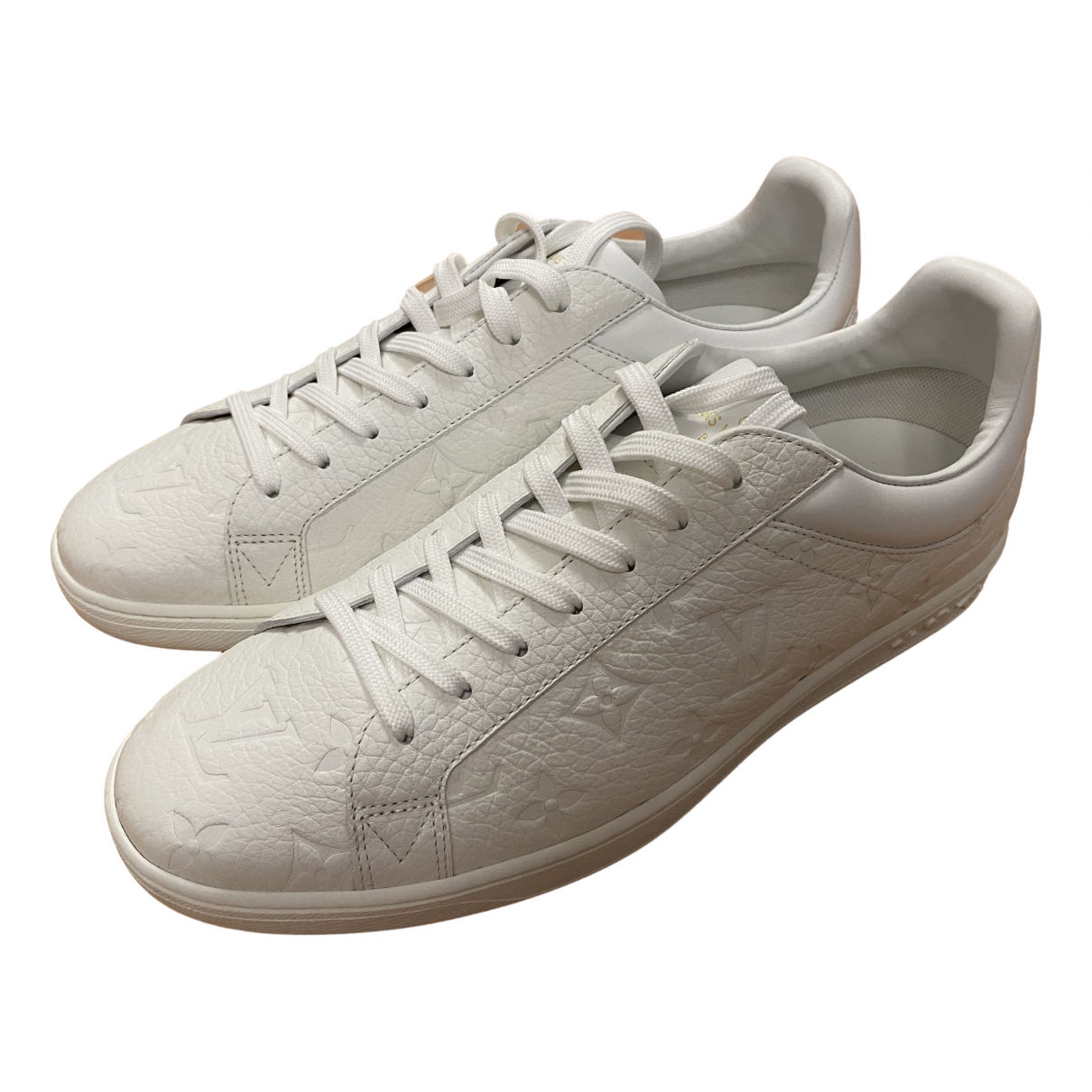 Louis Vuitton Luxembourg Sneakers in  Weiss Leder