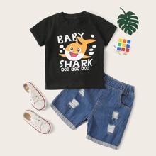 Kleinkind Jungen T-Shirt mit Buchstaben & Karikatur Grafik & Denim Shorts mit Riss