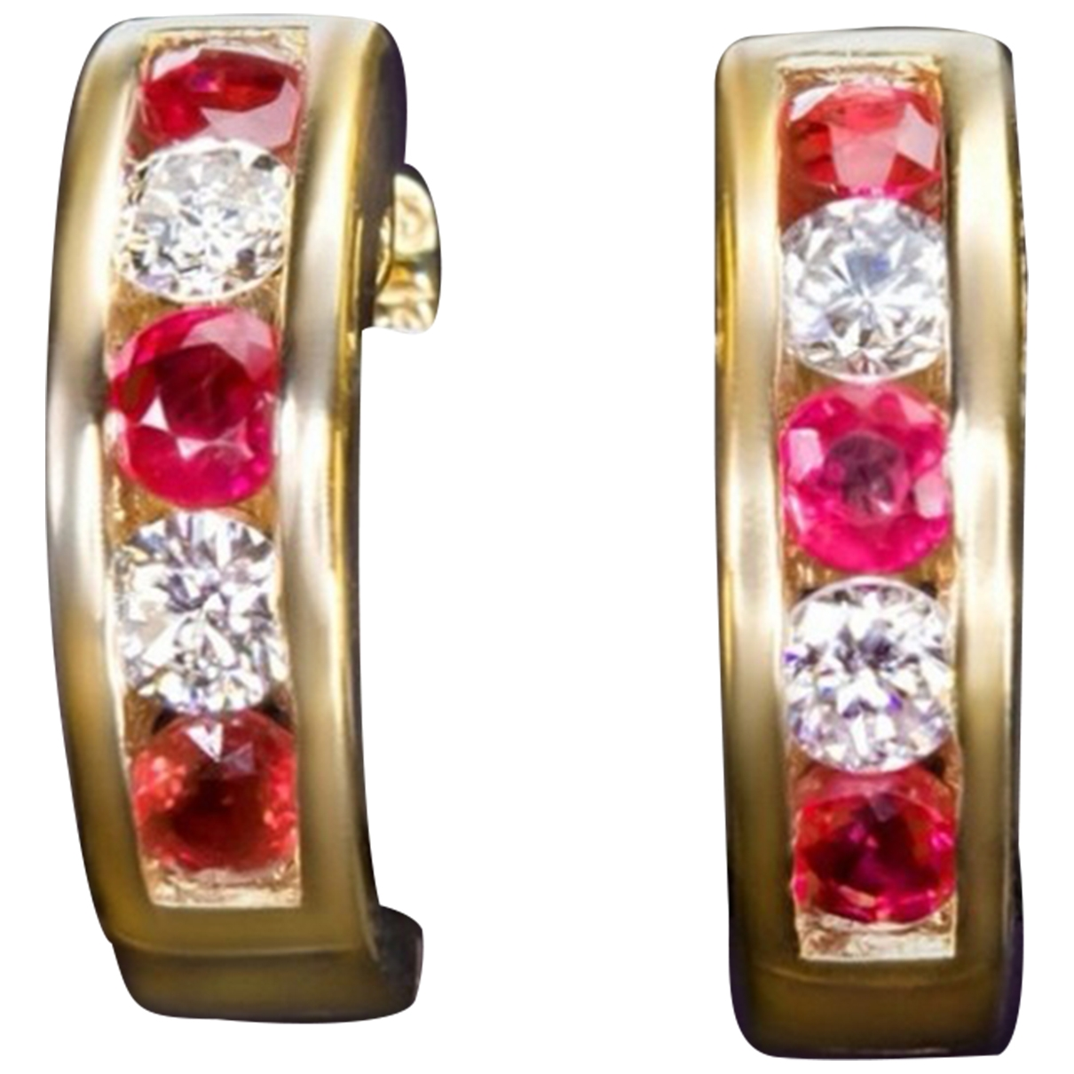 Non Signé / Unsigned Rubis Red Yellow gold Earrings for Women \N