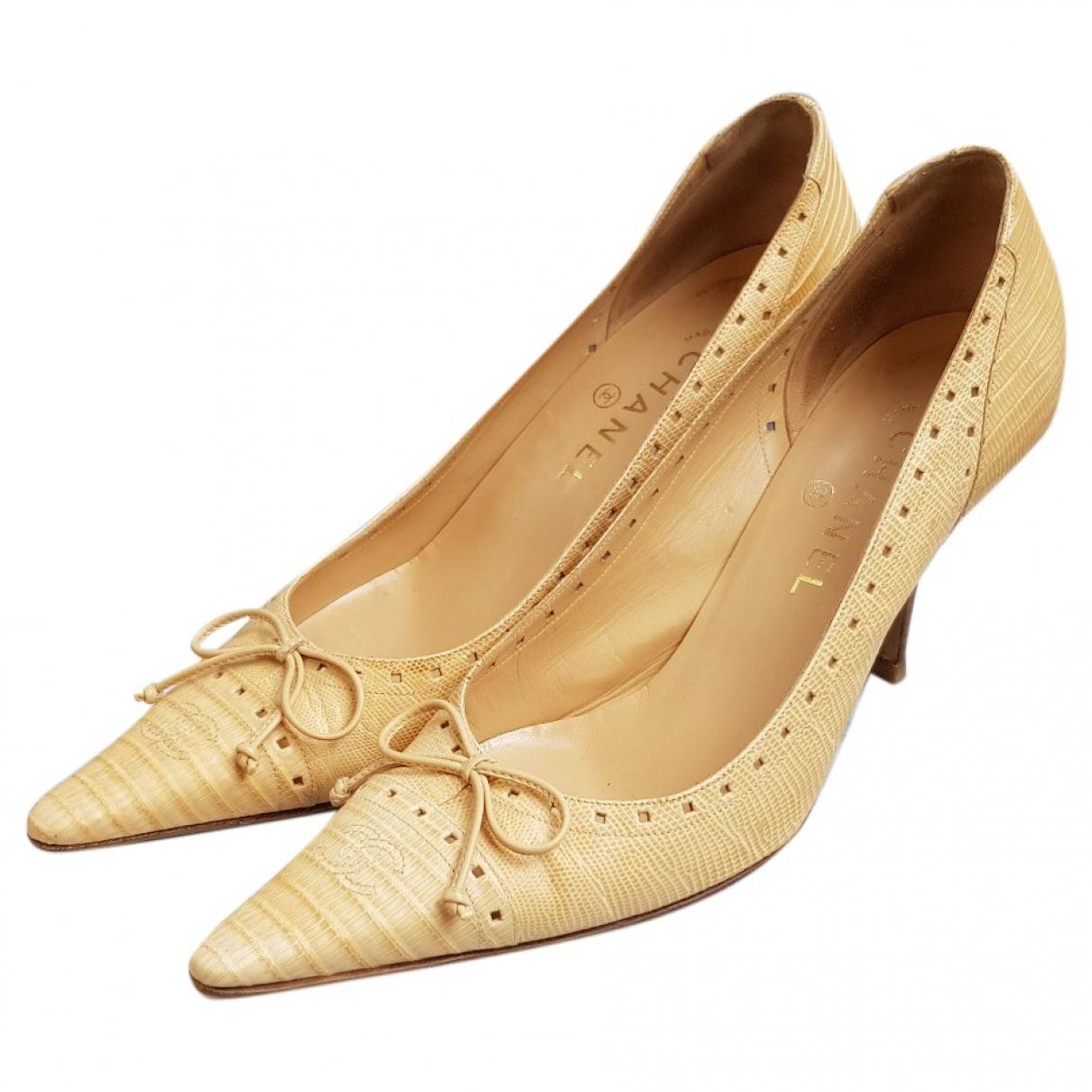 Chanel \N Ecru Leather Heels for Women 39 EU