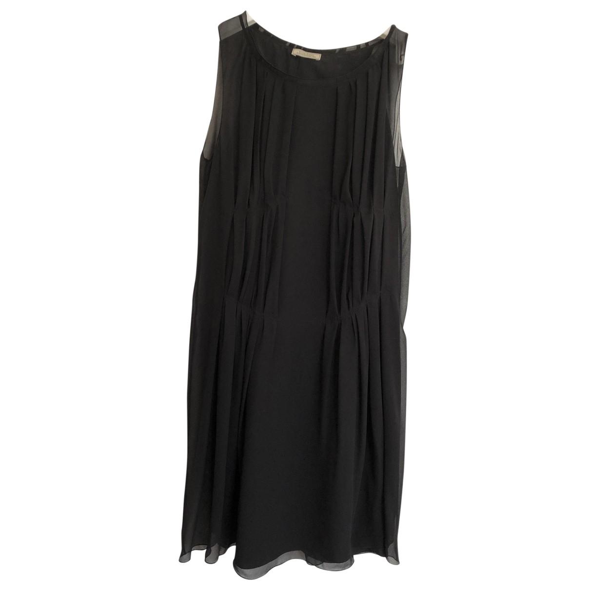 Nina Ricci \N Kleid in  Schwarz Seide