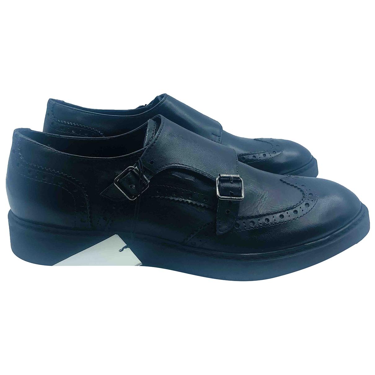 Trussardi \N Black Leather Flats for Men 45 EU