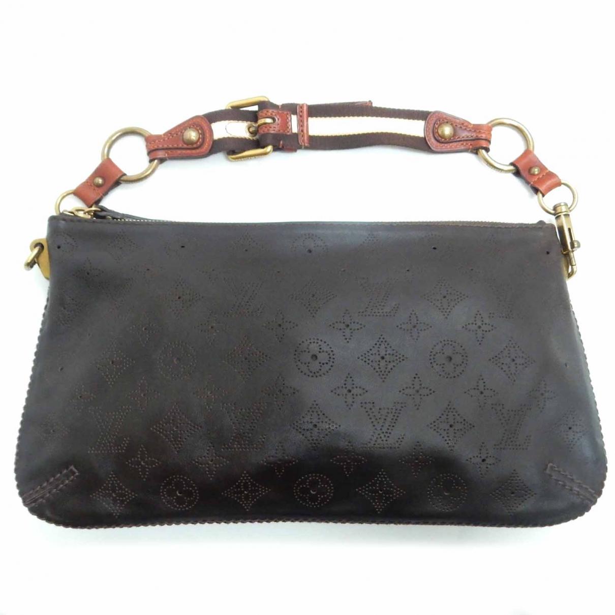 Louis Vuitton Onatah Burgundy Leather handbag for Women \N