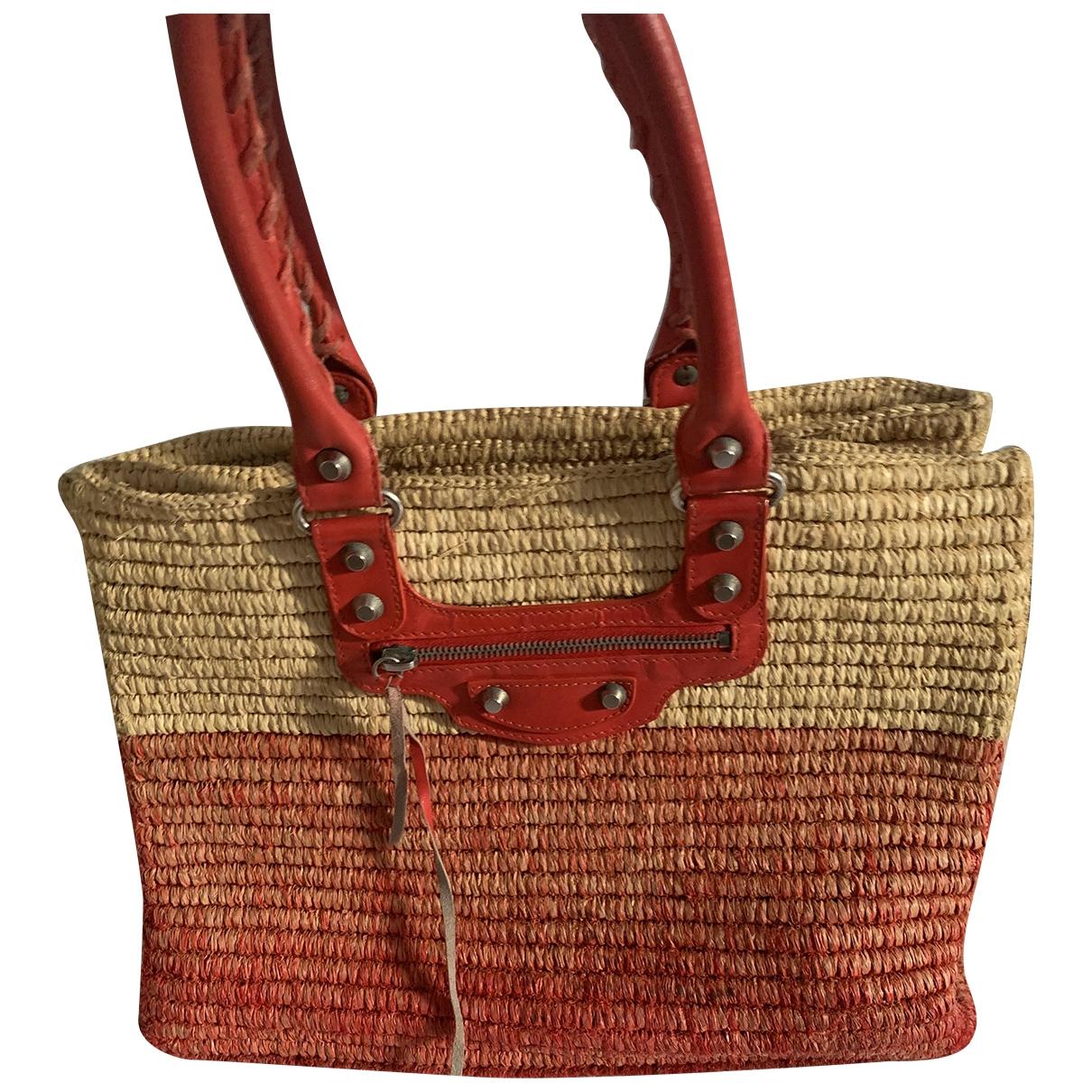 Balenciaga \N Handtasche in  Rot Stroh