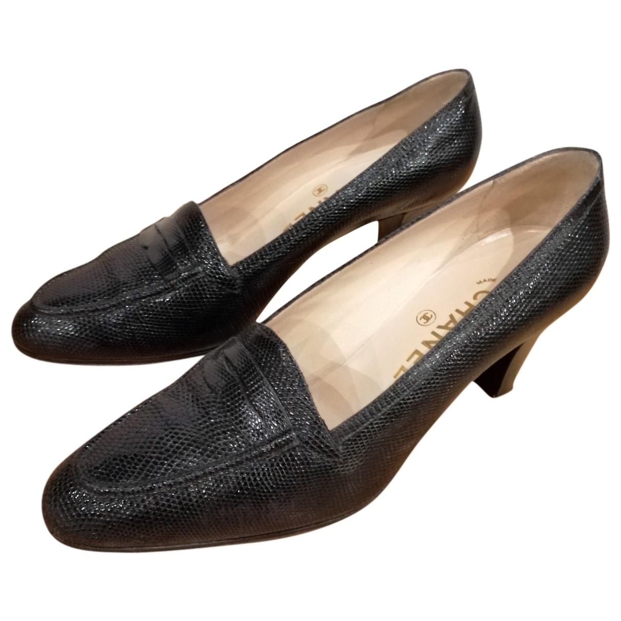 Chanel \N Black Lizard Flats for Women 37.5 EU