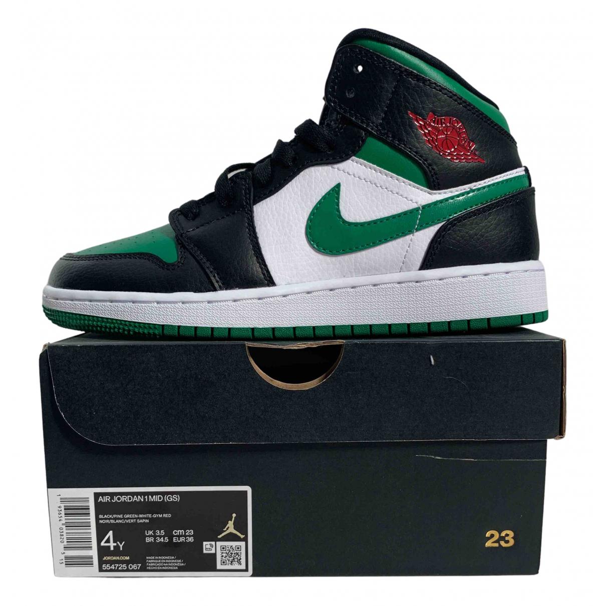 Jordan Air Jordan 1  Sneakers in  Gruen Leder
