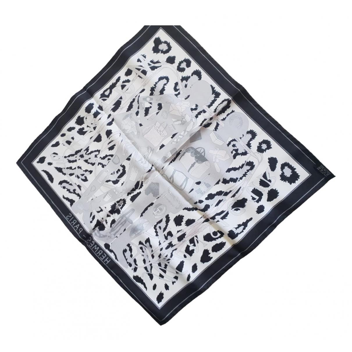 Hermes Gavroche 45 Schal in  Grau Seide