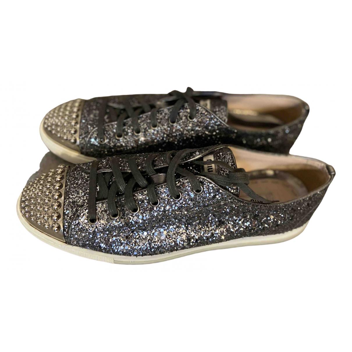Miu Miu \N Sneakers in  Metallic Mit Pailletten