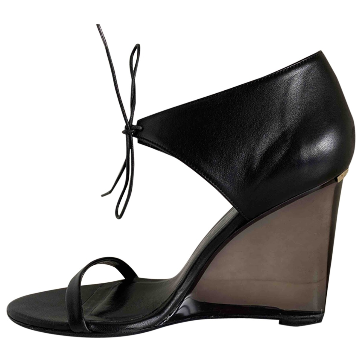 Burberry \N Black Leather Sandals for Women 37.5 EU