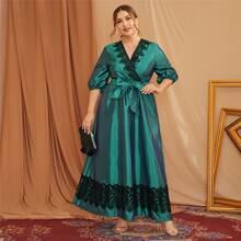 Maxi Kleid mit Guipure Spitzeneinsatz, V Kragen und Laternenaermeln