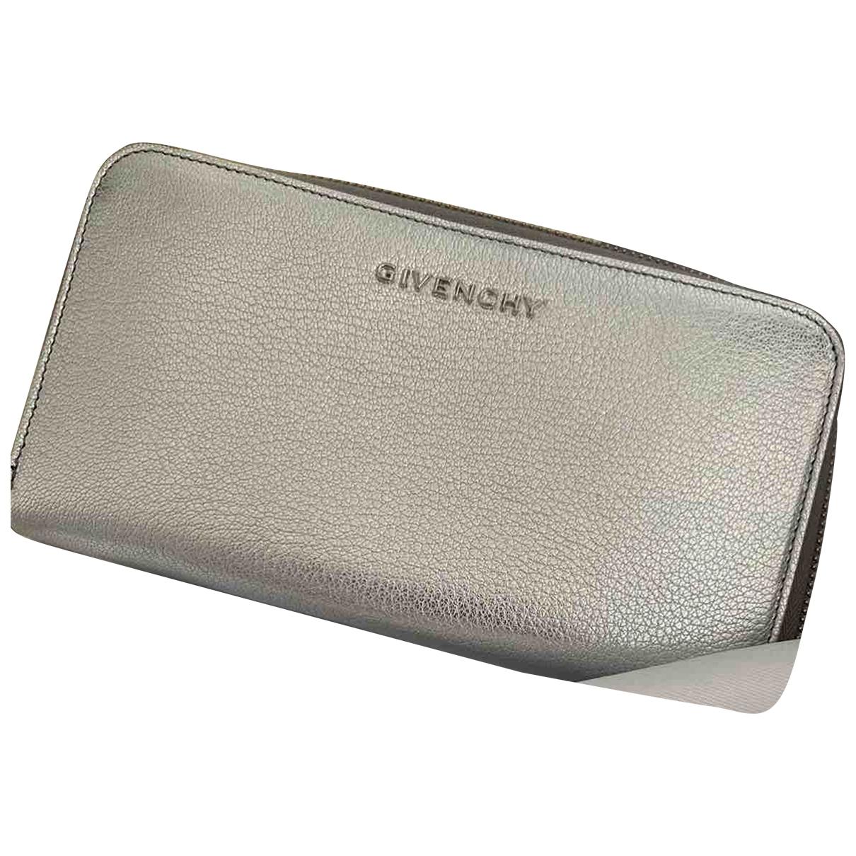 Givenchy - Portefeuille   pour femme en cuir - argente